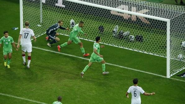 Ya con dos goles encima, Argelia no bajó los brazos y encontró el gol del honor